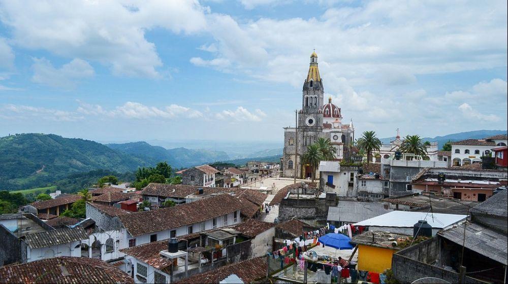 CUETZALAN-PUEBLO-MAGICO-DESDE-PUEBLA