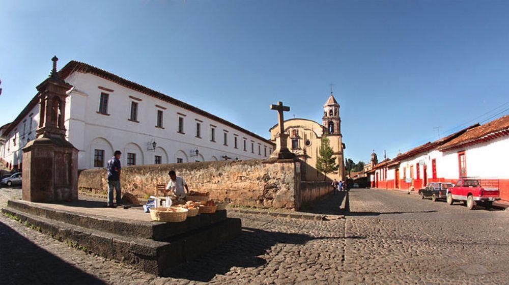 PATZCUARO-Y-TZINTZUNTZAN-PUEBLOS-MAGICOS-DESDE-MORELIA