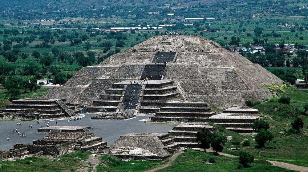 ZONA-ARQUEOLOGICA-DE-TEOTIHUACAN-Y-RECORRIDO-DE-CDMX