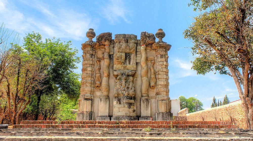 TEPOTZOTLAN-PUEBLO-MAGICO-DESDE-CIUDAD-DE-MEXICO