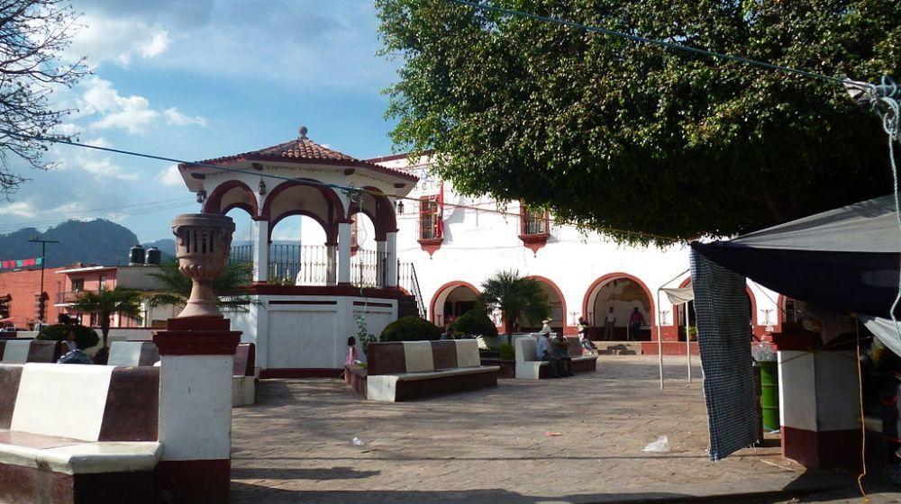 TLAYACAPAN-PUEBLO-MAGICO-DESDE-CIUDAD-MEXICO