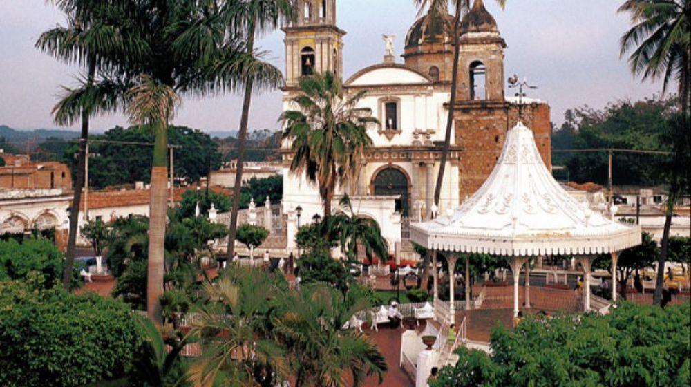 COMALA-PUEBLO-MAGICO-DESDE-COLIMA